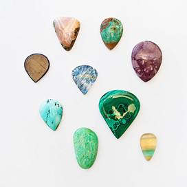 Achat, Smaragd-Quarz, Sternsafir, Labradorit, Lavendeljade, Türkis, Malachit, Chrysopras, Fluorit